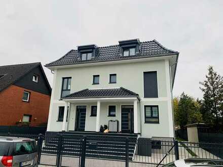 Schönes, geräumiges Haus mit sechs Zimmern in Berlin, Rudow (Neukölln)