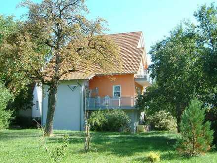 Gepflegte Dachgeschoss-Wohnung mit Balkon in Dormettingen