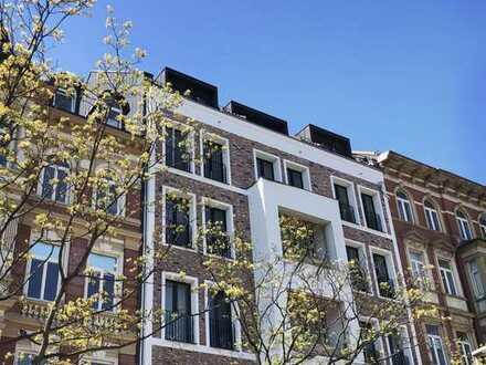 Neue Altbauwohnung, Top Modernisiert, Fahrstuhl, Balkon, Designbäder, Parkett