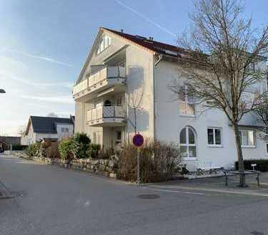 Neuwertige 3,5-Zimmer-Maisonette-Wohnung mit Balkon und EBK in Freiberg am Neckar