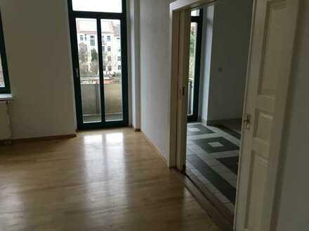 3-Zimmerwohnung mit Parkett und Balkon