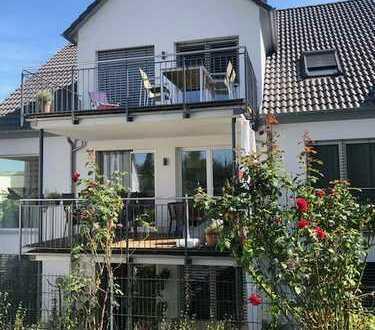Neuwertige 4-Zimmer-Wohnung mit Balkon in Großostheim