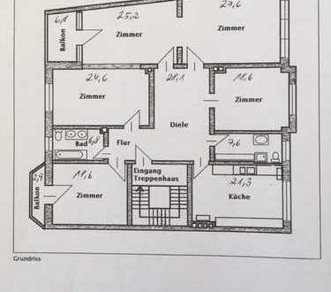 Modernisierte 5-Zimmer-Wohnung mit Balkon und Einbauküche in Hannover-Zooviertel