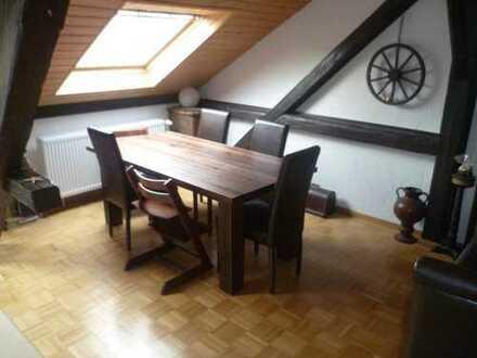 Zentral gelegene 3,5 ZKB Dachgeschoss-Stadtwohnung in Bingen