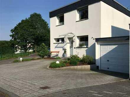 attraktiver Lage in Beyenburg - schönes EF-Haus, Sauna,Kamin,Doppelgarage großer Garten