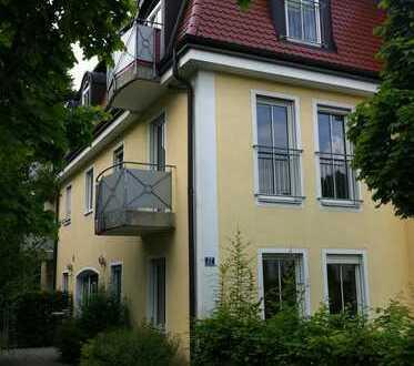 Charmante 2-Zimmer-Wohnung in Nymphenburg mit Einbauküche