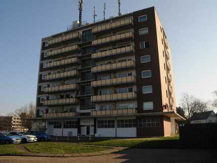 Renoviertes 1 - Zimmer-Apartment mit Balkon