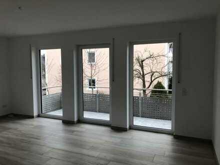 Erstbezug nach Sanierung: exklusive 4-Zimmer-Maisonette-Wohnung mit 2 Balkonen in Weisendorf