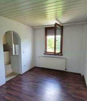 Gepflegte 3,5-Raum-Wohnung mit Einbauküche in Pforzheim