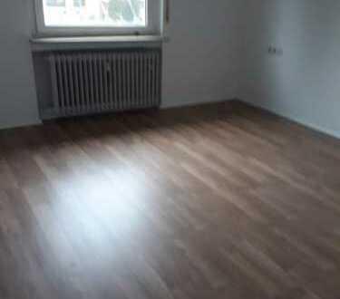 Erstbezug nach Sanierung mit Einbauküche und Balkon: exklusive 3,5-Zimmer-Wohnung in Heilbronn