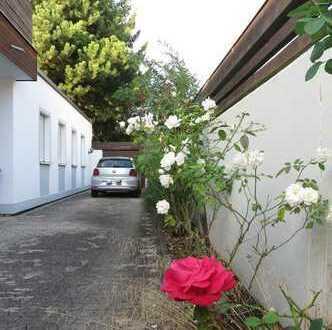 frei werdender, gut gepflegter Bungalow mit 3 Wohnungen und herrlichem Garten in Gröbenzell