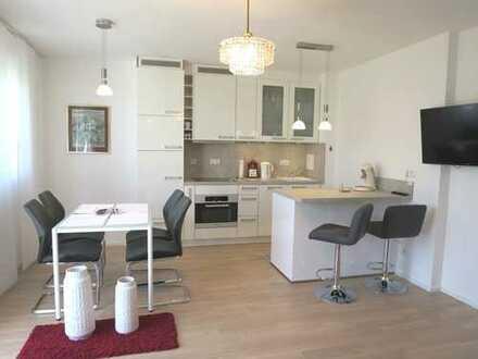 Exclusive möblierte und gepflegte 2-Zimmer-EG-Wohnung in Riem, München