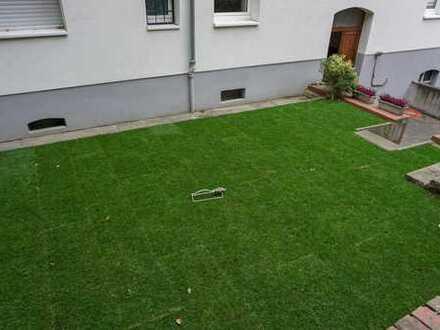 Schöne 3-Zimmer-Altbauwohnung mit exklusiver Gartennutzung!