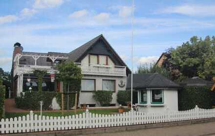 Schönes, geräumiges Haus mit 2 Einliegerwohnungen.