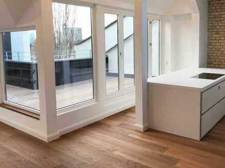 306 m² Stilaltbau Penthouse /7Zi./ Dachterrasse/Garage+ 2 Stellpl./Luxus Saniert/Bulthaup Küche