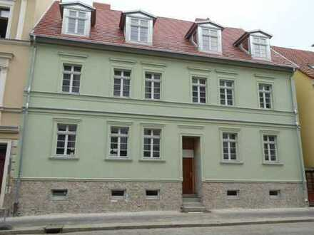 zentral gelegene Wohnung mit Balkon