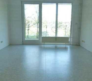 Idyllische 2 Zimmerwohnung im Erdgeschoß mit Terrasse am Waldesrand von Storkow!