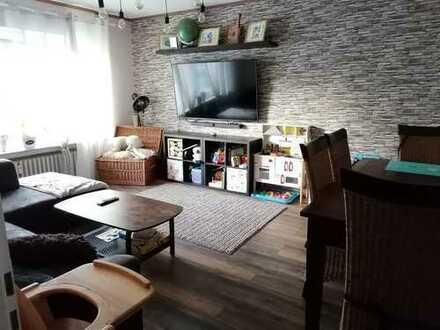 Vollständig renovierte 3-Zimmer-Wohnung mit Balkon und Einbauküche in Xanten