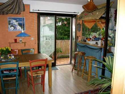 Nähe DHBW: Suche 1 Studenten für Zimmer und Wohnungsmitben. in schöner, großer 110 qm Wohnung