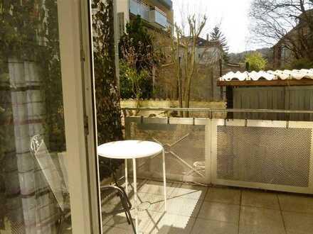 Ab März frei: Möbl. Apartment, Südbalkon, Baden-Baden, zentrale Lage, Duschbad, Anl.Parken