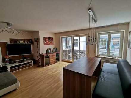 3-Zimmer-Wohnung (Stadtmitte) mit Balkon, EBK und Tiefgarage
