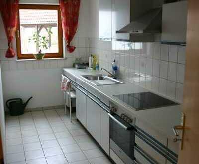 Gepflegte 3-Zimmer-EG-Wohnung mit Terrasse und EBK in Tannheim