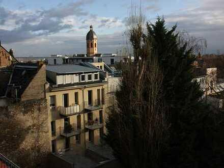 2,5 Zimmer-Maisonette-Wohnung an der mittelalterlichen Stadtmauer von Mainz