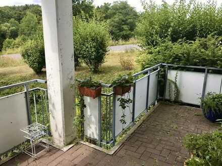 Schöne 2-Zimmer-Wohnung mit Terrasse am Stadtrand