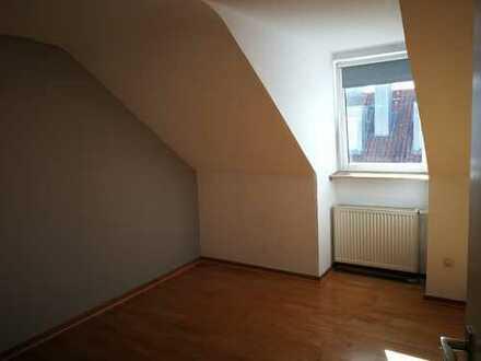 Schönes Zimmer in großer 4er WG in Mainzer Innenstadt