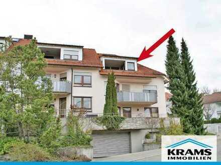 Großzügig geschnittene 2,5-Zimmer-Wohnung mit Loggia in Aussichtslage von Eningen!