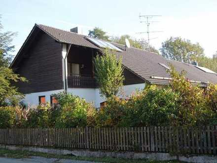 KAINZ-IMMO.DE - Großzügige 2-Zimmer-DG-Wohnung in 84435 Lengdorf-Obergeislbach