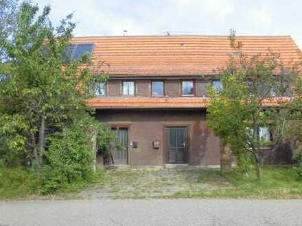 Sanierungsbedürftiges 2 Familien Haus mit Baugrundstück in Dobel