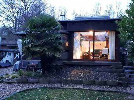 Schönes saniertes Holz-Haus mit zwei Zimmern, Garten und Sauna am Hariksee in Niederkrüchten