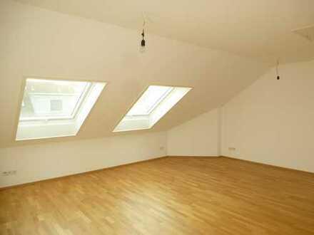 VBU Immobilien - Mieten Sie sich eine tolle DG-Wohnung in einem 2-Fam.haus