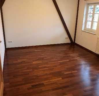 Schöne, renovierte 3-Zimmer-Wohnung in Wiesbaden Medenbach