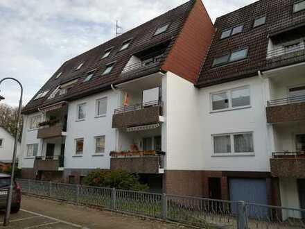 Erdgeschoss 3 Zi. m. Wannenbad und Balkon (vermietet)