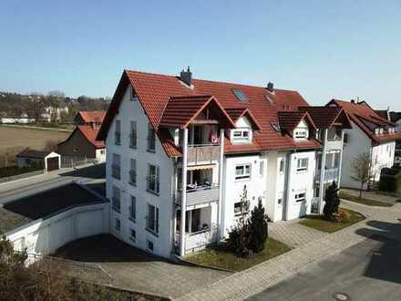 Mit Weitblick ins Grüne! 3,5-Zimmer-Eigentumswohnung im Zentrum von Warthausen