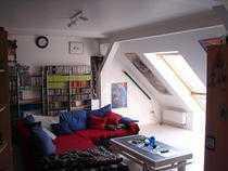 Helles Dachgeschoss mit Tageslichtbad in grüner Vorortlage in Dortmund, Brackel