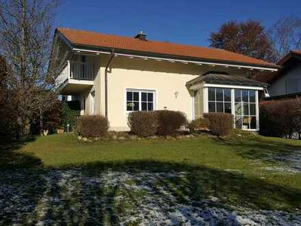 Murnau-Hechendorf-wunderschönes freistehendes Einfamilienhaus mit Bergblick