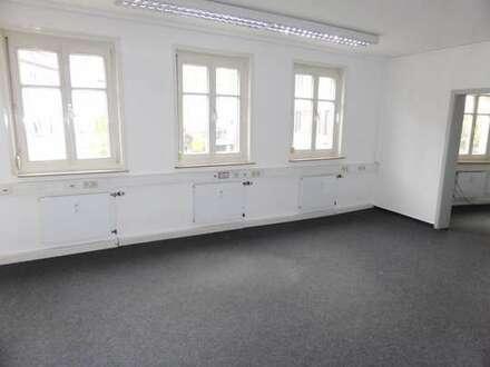 Helle Büroräume in zentraler Geschäftslage von Esslingen, direkt bei Altstadt und Fussgängerzone