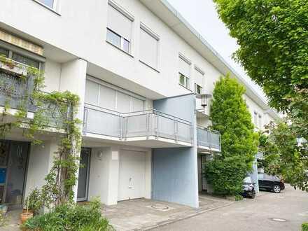 Top gepflegtes Reihenmittelhaus in bevorzugter Lage von Bad Cannstatt