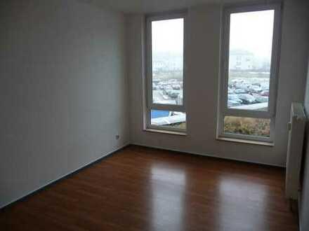 Renovierte 2 Raumwohnung mit ca. 60 m² und Balkon zu vermieten