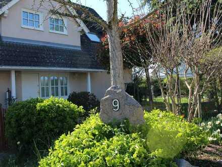Einfamilienhaus der Luxusklasse auf über 320 Quadratmetern ++ Aufzug ++ Keine zusätzliche Käuferprov