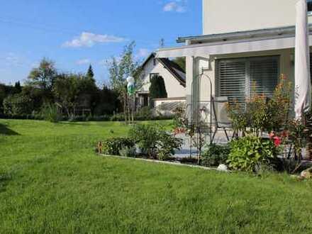 Neuwertiges Reiheneckhaus mit sehr großem Garten! Baujahr 2013!