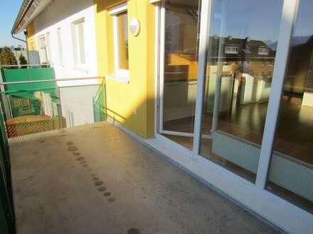 Top 3 Zimmer Wohnung mit gr. Terrasse