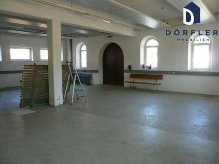 Modernes Betriebsobjekt in historischem Gebäude
