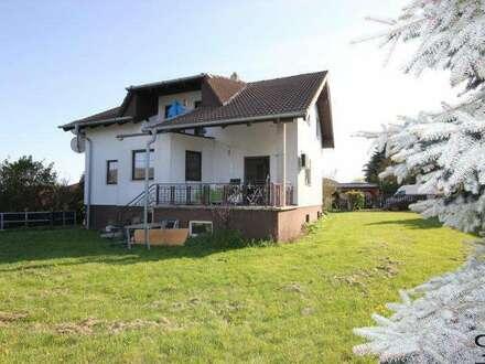 Einfamilienhaus in Ruhelage mit schönem Ausblick