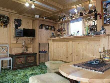 Traditionelles Komfort-Doppelhaus