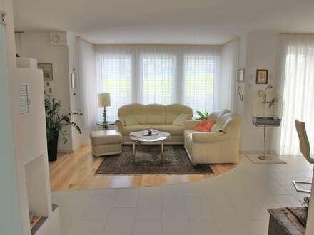 Eugendorf: Neuwertiges Einfamilienhaus