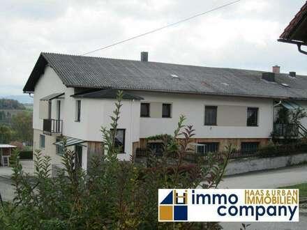 Großzügiges Zweifamilienhaus mit hochwertiger Ausstattung, Wohnhaus und Firmensitz, schöne Aussicht !!